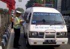 Enam Orang Tumpangi Ambulans Demi Mudik