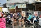 """Balita """"Ditelan"""" Got Saat Bermain Hujan Depan Pasar Tugu"""