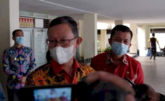 Sekdaprov Lampung Fahrizal Darminto/ Vera